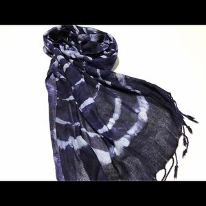 Accessories - Trendy Tye dye scarf 🧣